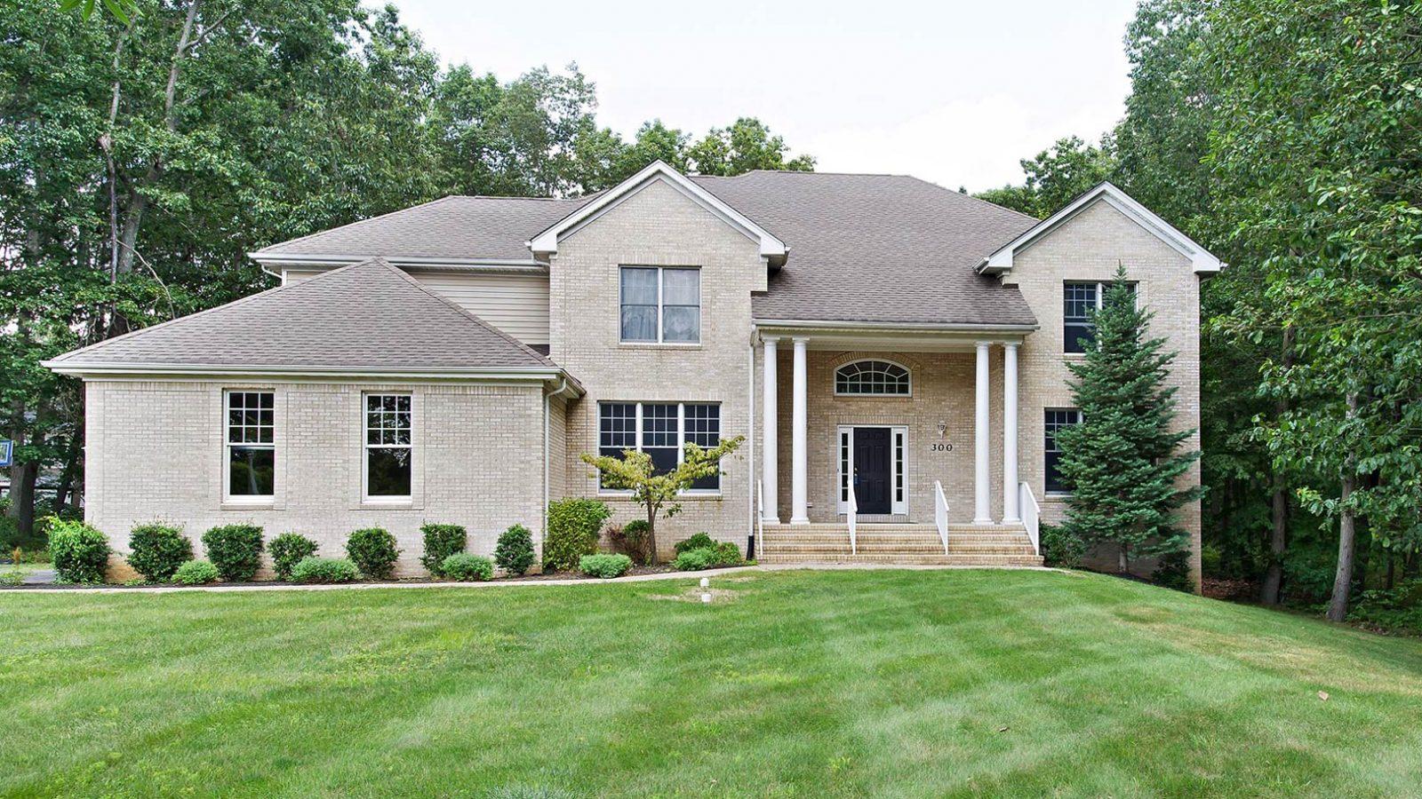joanna-siminerio-manalapan-new-jersey-real-estate-homes-2