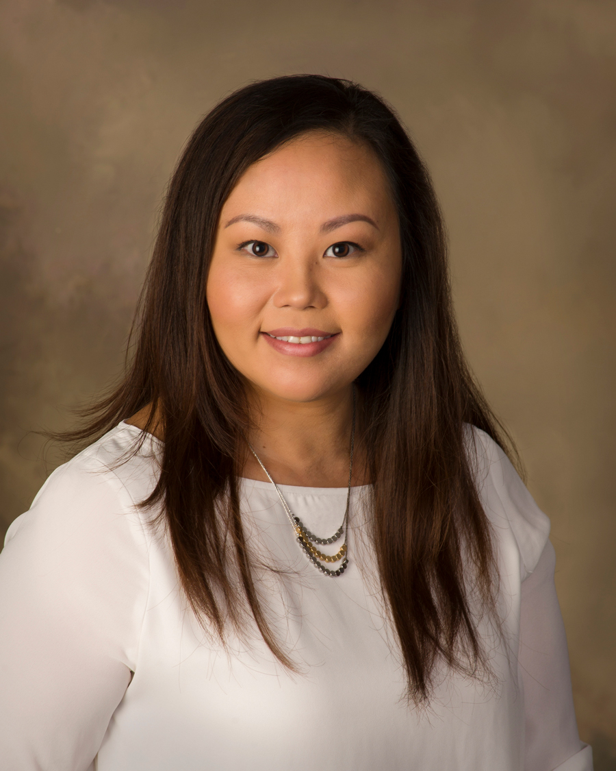 Alicia Vang - Broker, Lake Norman Homes for Sale