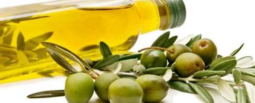 olive-oil-cause-acne