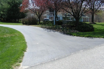 Professional Home Inspectors Advice on Driveway Sealcoating