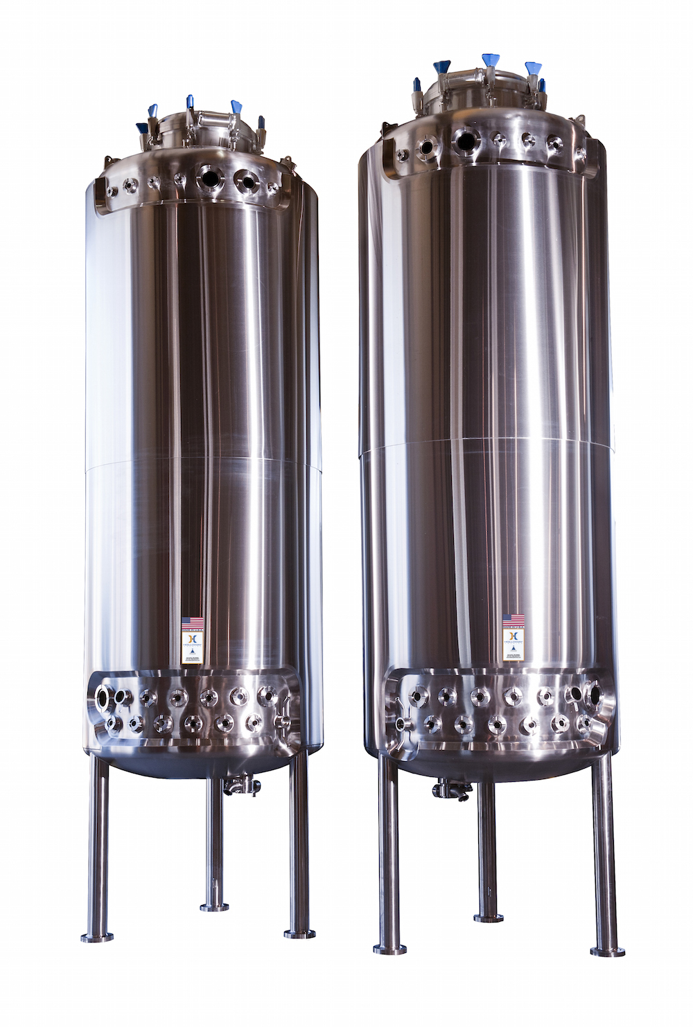 Like our batch reactor design vessels, these stainless steel fermenters are tested to excel.