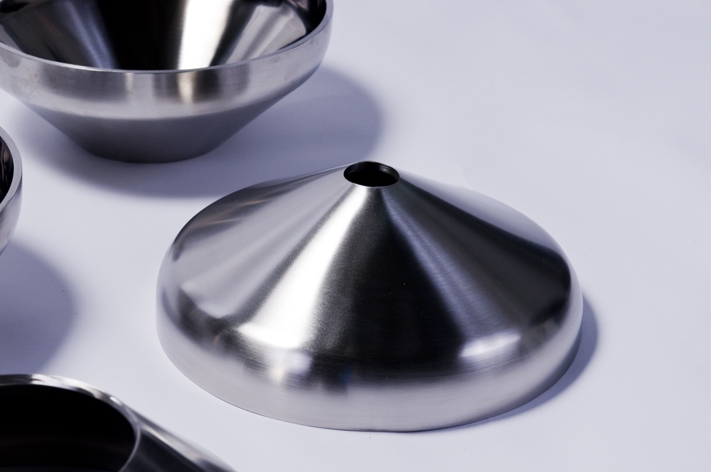Holloway conical and toriconical heads meet the stainless steel tank heads standard.