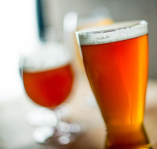 beer serving temperature