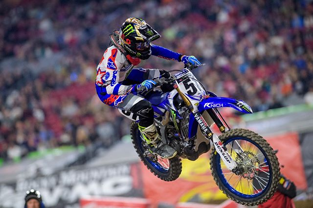 Good news for all you @justinbarcia fans out there. The Pro Circuit-backed @yamahamotorusa rider started riding this week and is targeting a return in Seattle. Keep your fingers crossed! 😏  #comeback #justinbarcia #yamaha #procircuit #WeRace