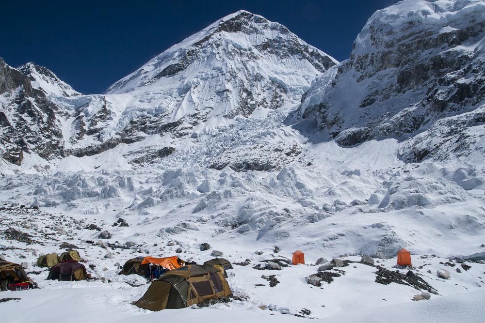 Lobuche - Gorak Shep - Everest Base Camp