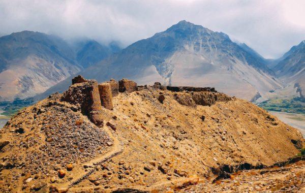 Ishkashim – Langar (150km, 6-7h)