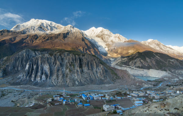 Complete the Annapurna circuit