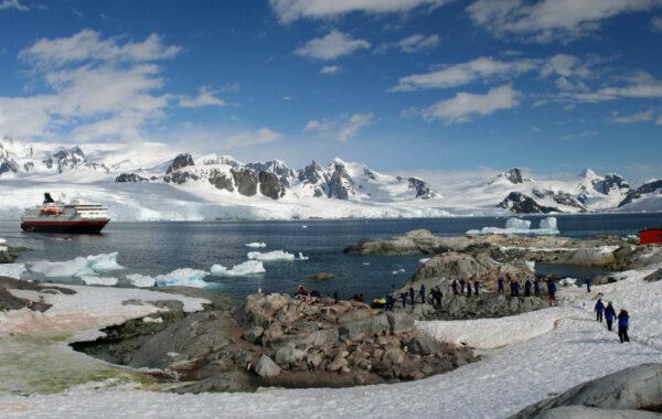 Antarctic Peninsula & South Shetland