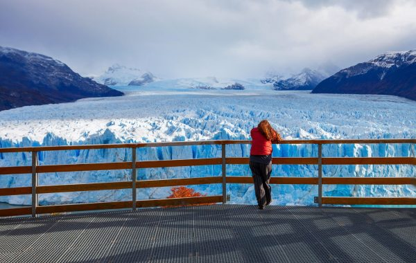 Admire Perito Moreno glacier