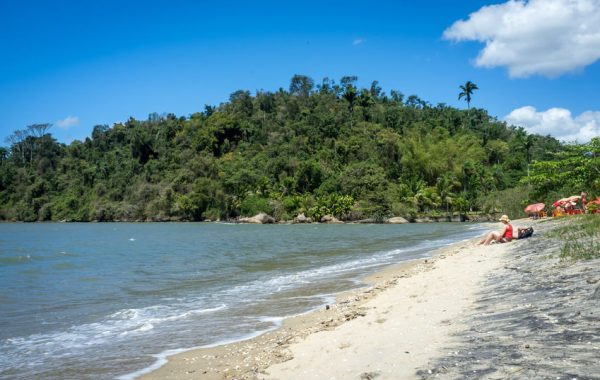 Explore Paraty's islands and beaches