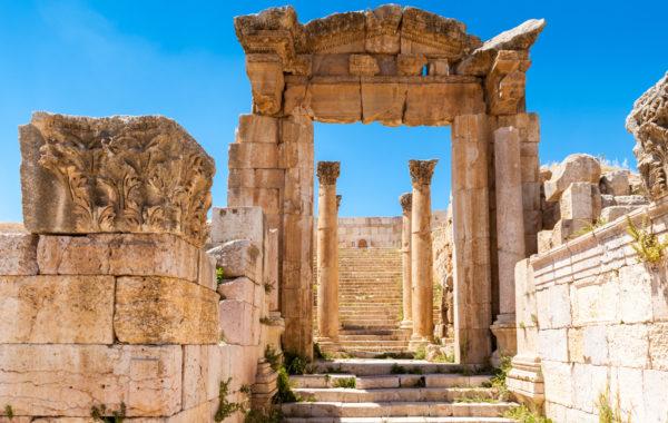 Wander the chariot-rutted streets of Jerash