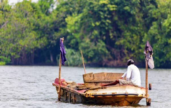 Cruise down the Kapu Ela river