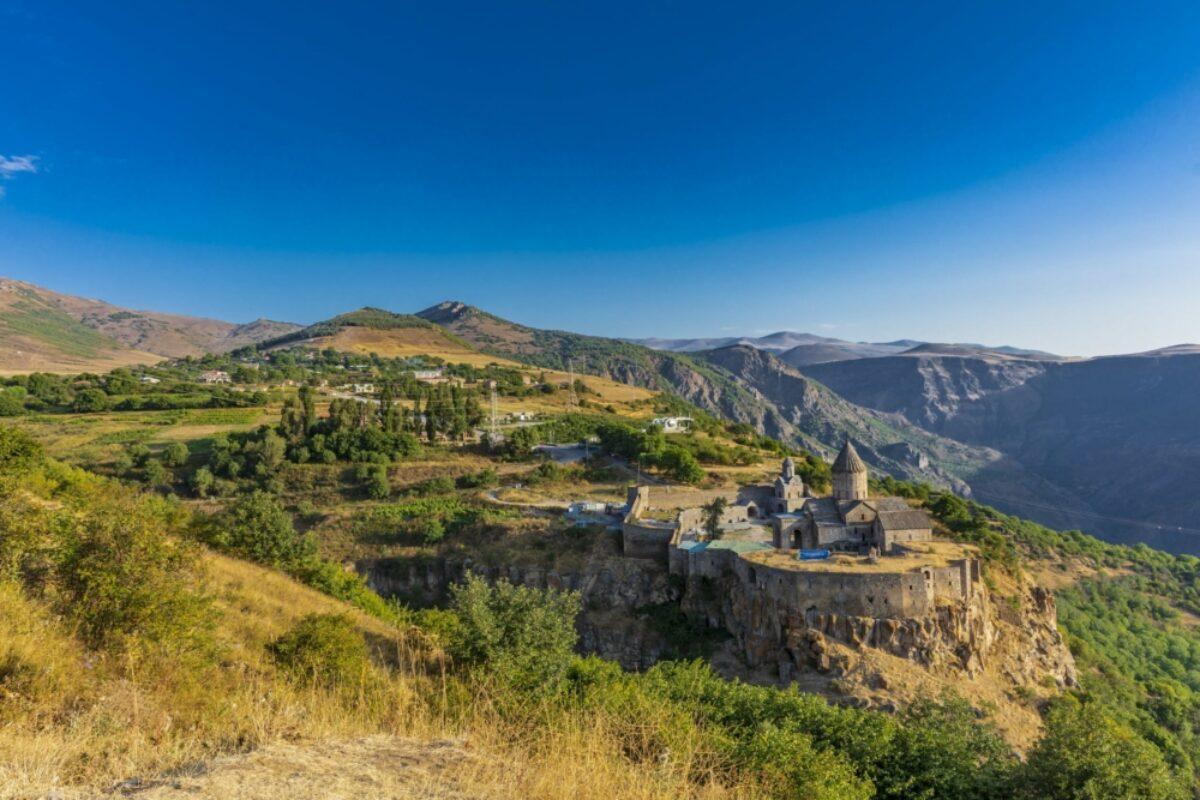 Armenia Tatev Monsastery3