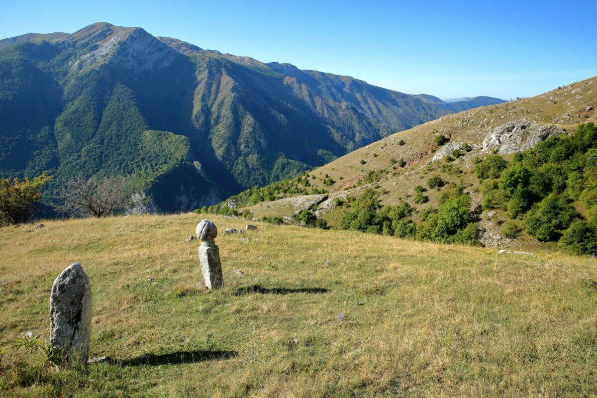 Bosnia lukomir tombstones