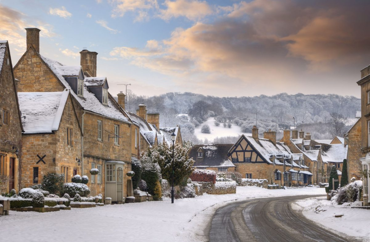 England Costwalds village of Broadway in snow
