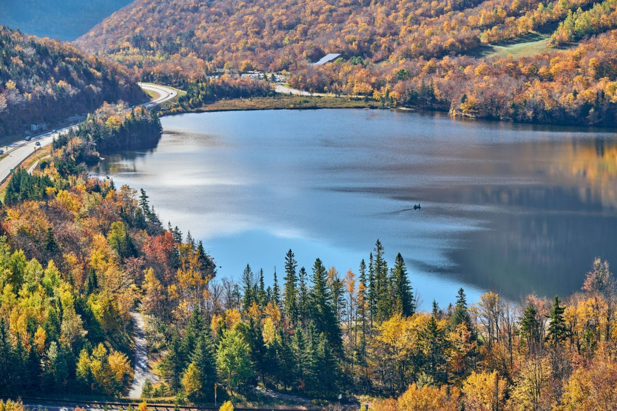 Fall colours in Franconia Notch State Park White Mountain National Forest New Hampshire USA