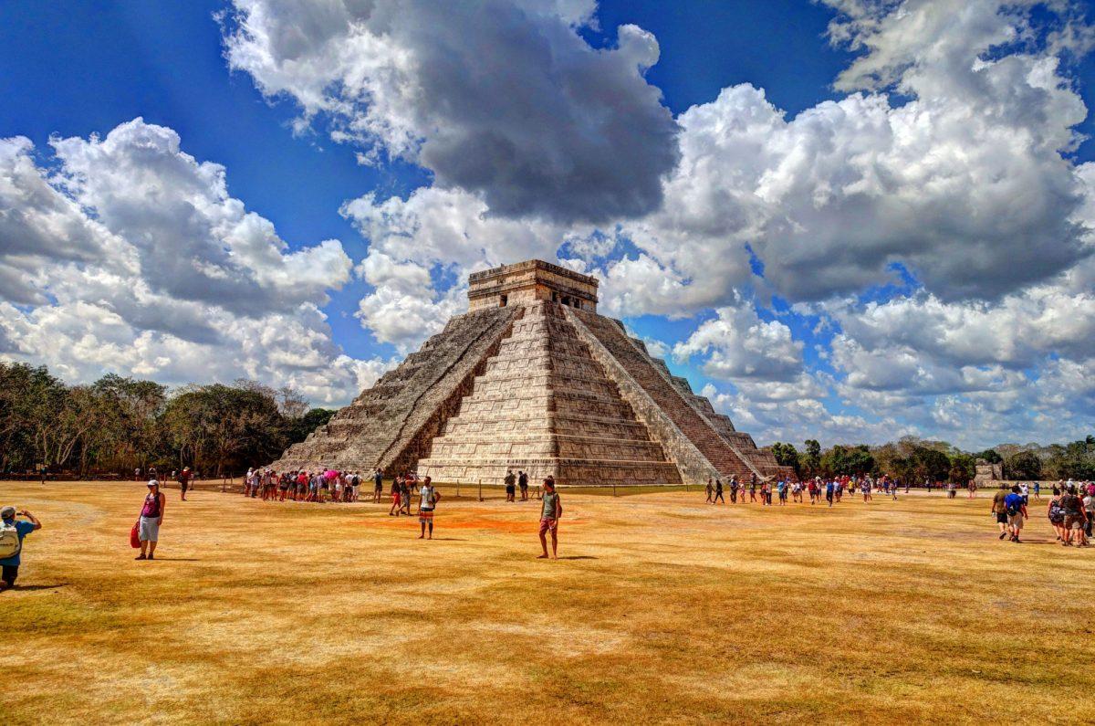 Mexico Chichen Itza castle2