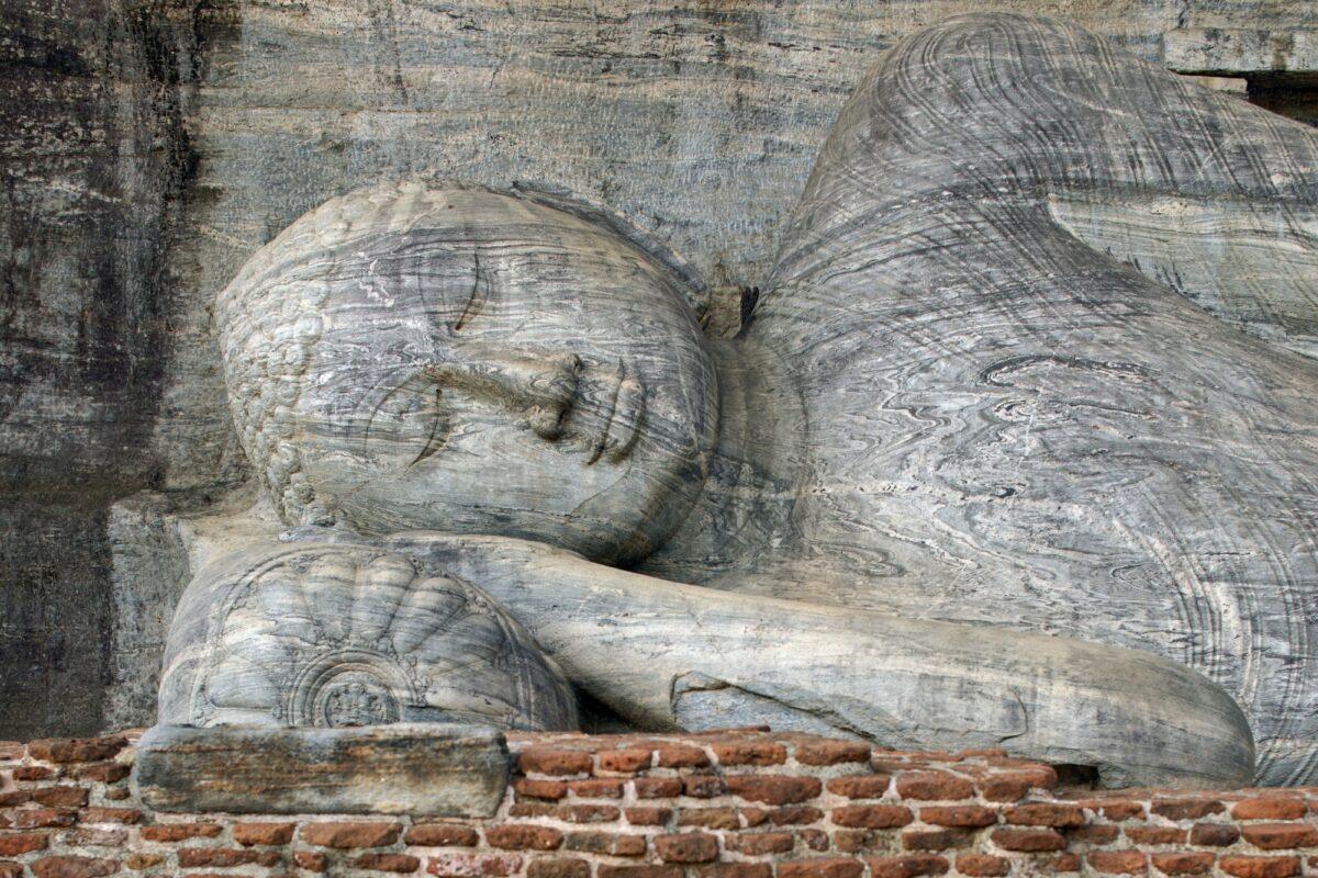 Sri Lanka Polonnaruwa buddha