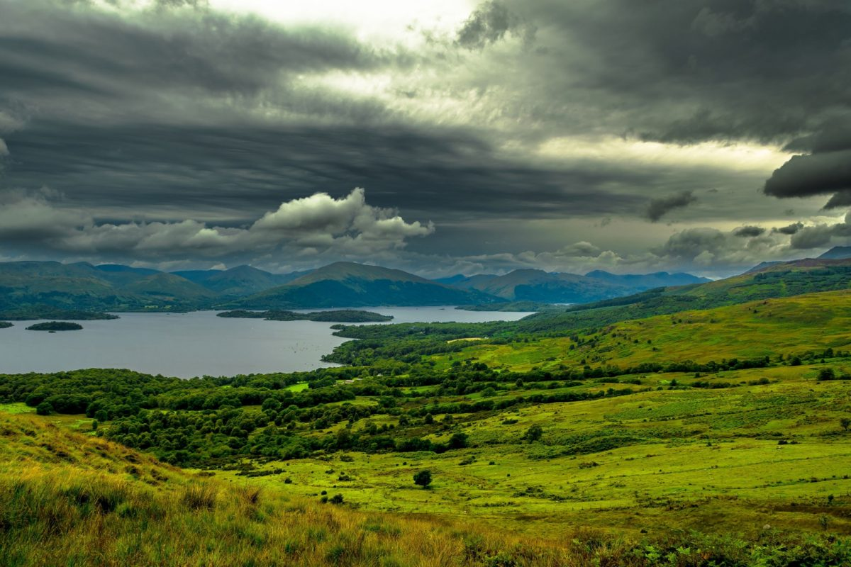 UK Scotland loch lomand