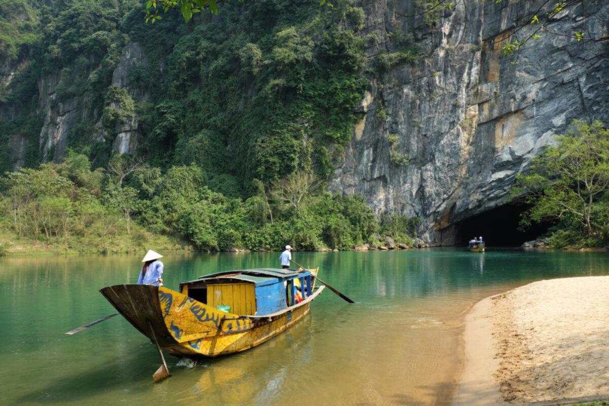 Vietnam_Phong-Nha Caves