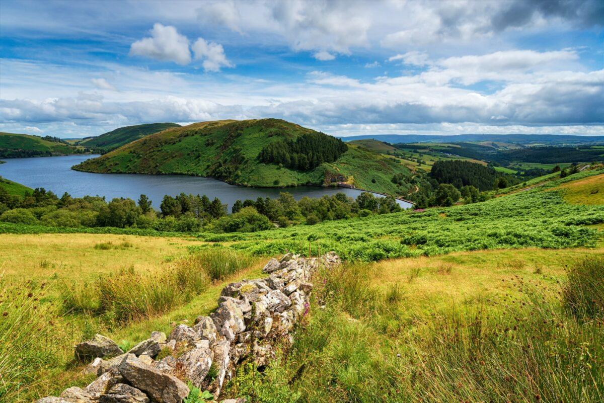 Short walks Glyndwr way Llyn Clywedog reservoir near Llanidloes in Wales UK