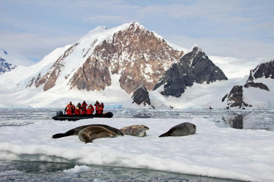 Antarctica_dinghy