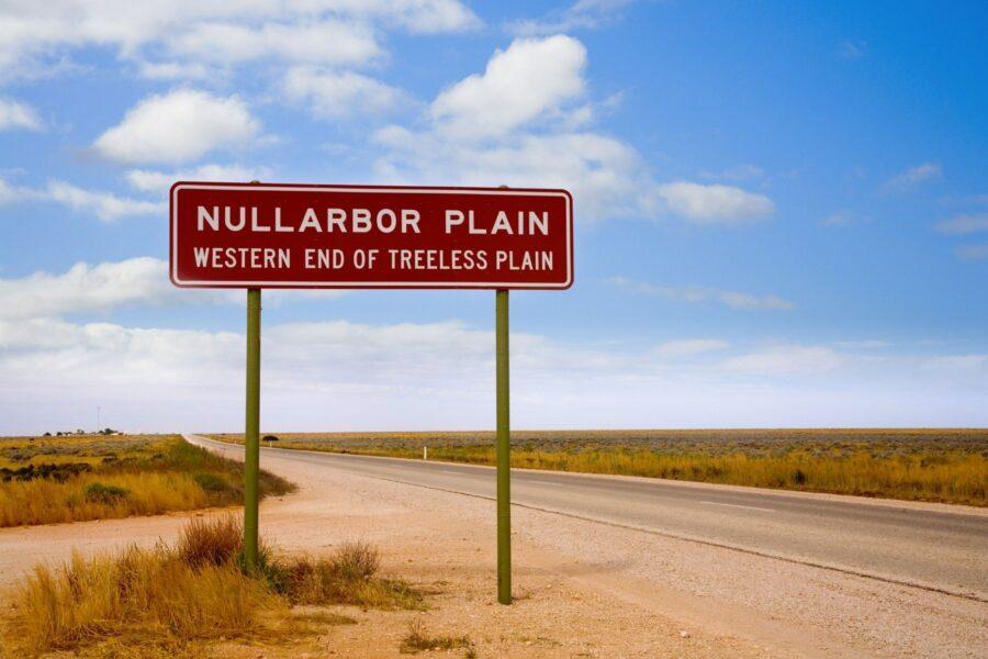 Aus Nullarbor Plain