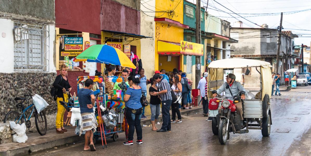 Cuba_Santanaclara_streetmarket