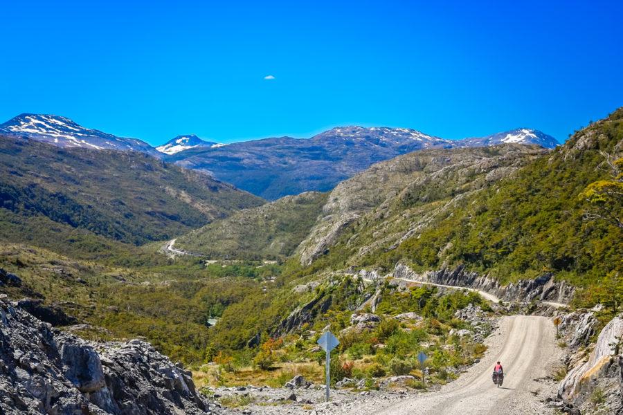 Cycling_Carretera-Austral