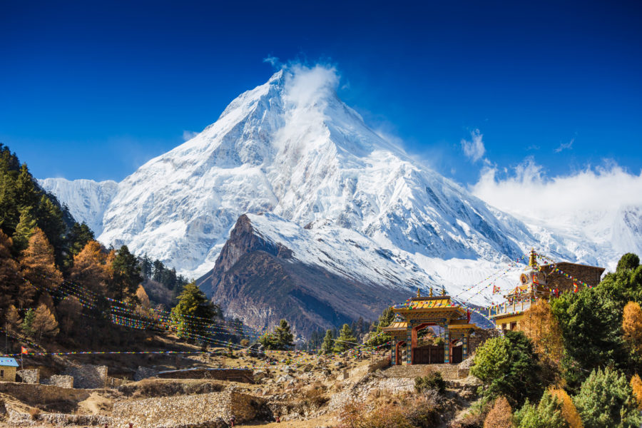 Himalayas-mountain-landscape.-Mt.-Manaslu-in-Himalayas