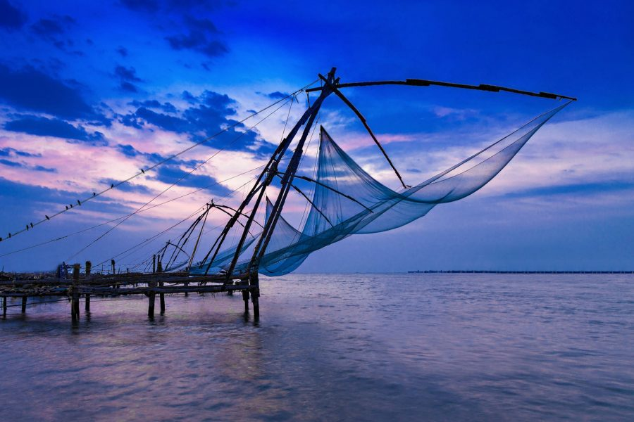 India Kerala Traditional chinese fishing net at Fort Cochin
