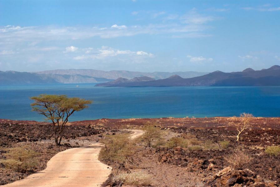 Kenya_The-road-to-Lake-Turkana