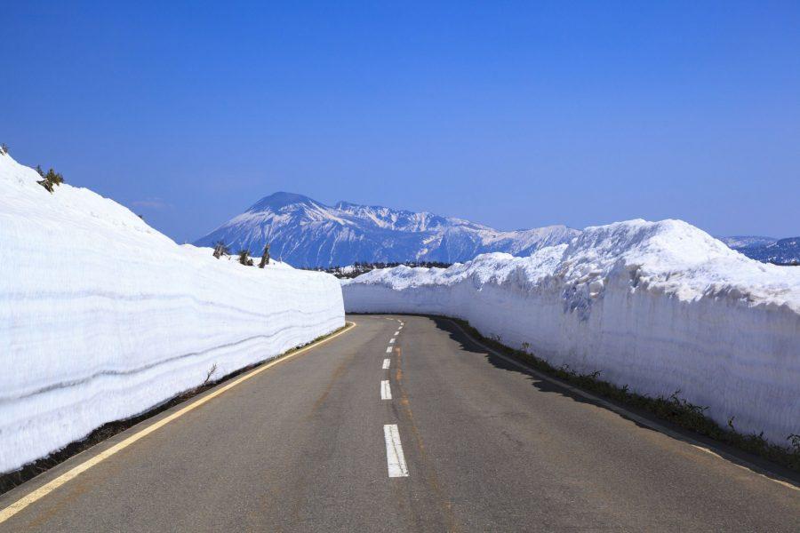 Tohoku Akita Iwate road snow