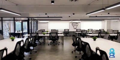 Traditional office spaces or business ce