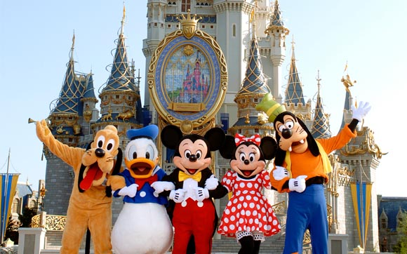 Foto com os Personagens da Disney