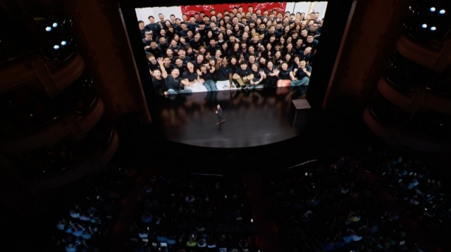 Live Blog of Apple's October 30th Special Event