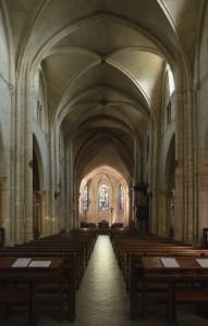 Eglise_Saint-Pierre_Montmartre_interieur_nef_choeur (1)