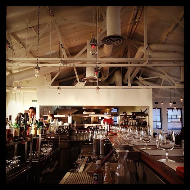 Bistrotheque restaurant