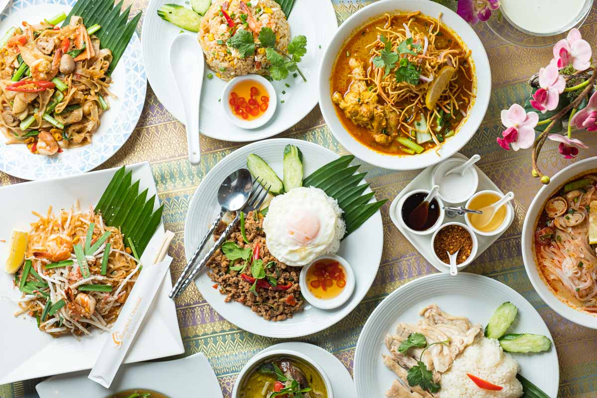 Bangkok Oriental DINING & BAR