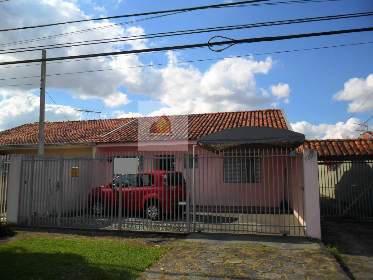 Casa / Sobrado à Venda - Capão da Imbuia