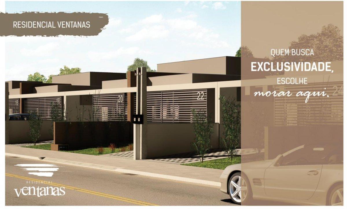 Casa a Venda no bairro Laranjal em Pelotas - RS. 2 banheiros, 3 dormitórios, 1 suíte, 2 vagas na garagem, 1 cozinha,  área de serviço,  sala de estar,