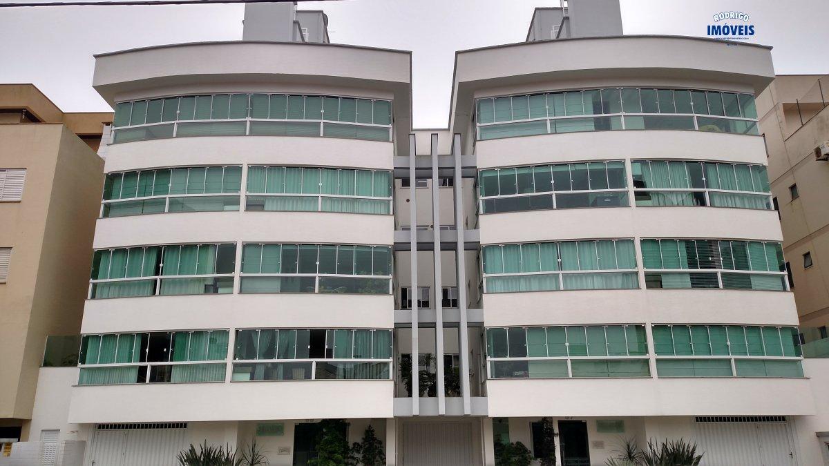 Apartamento alto padrão no Mar Grosso