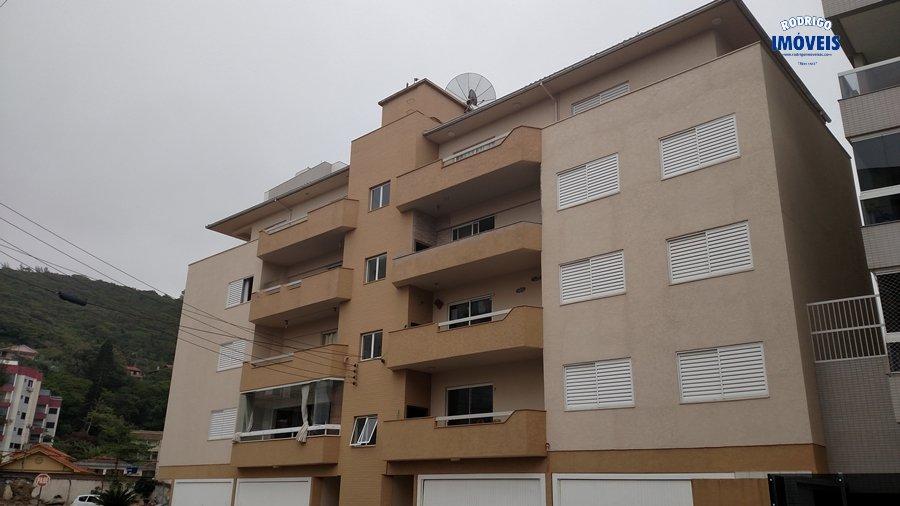 Apartamento com vista para o mar.