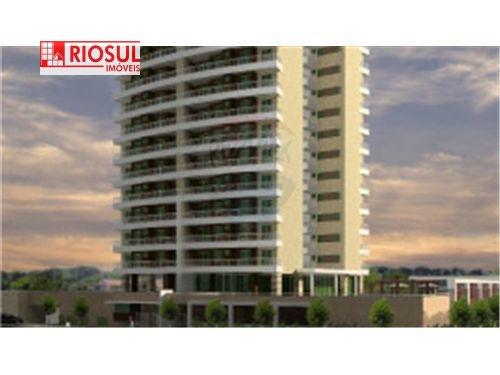 Apartamento para Alugar no bairro Centro em Imperatriz - MA. 4 banheiros, 3 dormitórios, 3 suítes, 2 vagas na garagem, 1 cozinha,  closet,  área de se