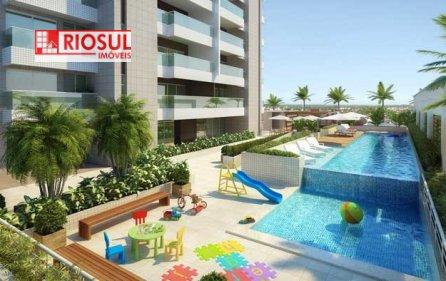 Apartamento a Venda no bairro Três Poderes em Imperatriz - MA. 5 banheiros, 5 dormitórios, 5 suítes, 3 vagas na garagem, 1 cozinha,  closet,  área de