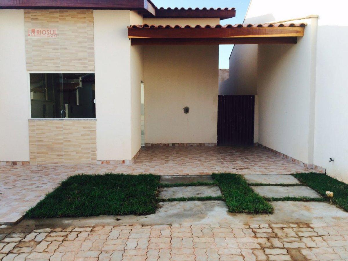 Casa a Venda no bairro Jardim Tropical em Imperatriz - MA. 2 banheiros, 2 dormitórios, 1 suíte, 2 vagas na garagem, 1 cozinha,  closet,  área de servi