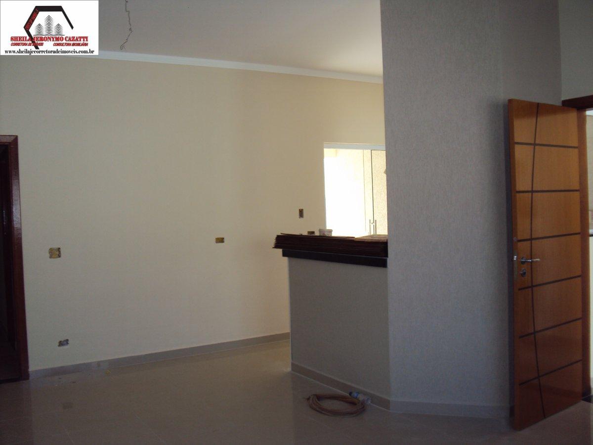 Casa a Venda no bairro Parque Universitário em Americana - SP. 1 banheiro, 3 dormitórios, 1 suíte, 2 vagas na garagem, 1 cozinha,  área de serviço,  s