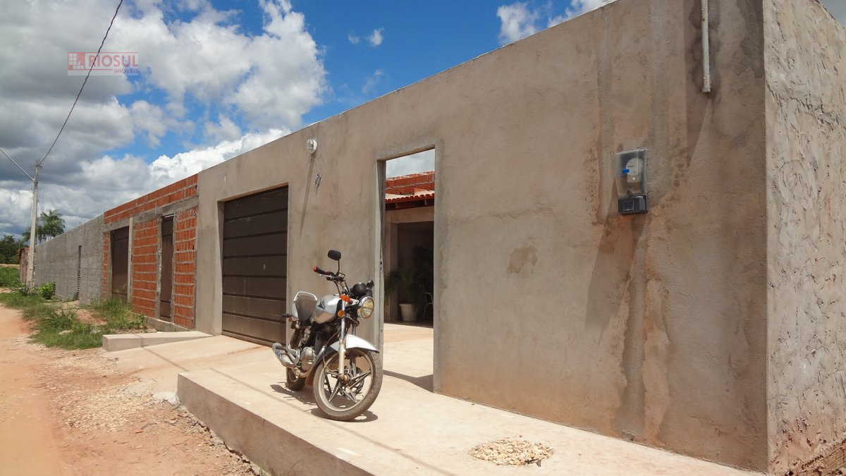Casa a Venda no bairro Super Quadra 602 em Imperatriz - MA. 2 banheiros, 3 dormitórios, 1 suíte, 2 vagas na garagem, 1 cozinha,  sala de estar,  sala