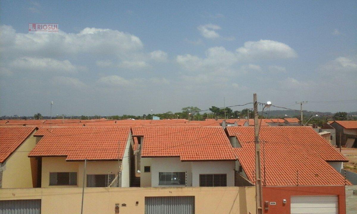 Casa a Venda e para Alugar no bairro Santa Inês em Imperatriz - MA. 2 banheiros, 2 dormitórios, 1 suíte, 2 vagas na garagem, 1 cozinha.  - 0063