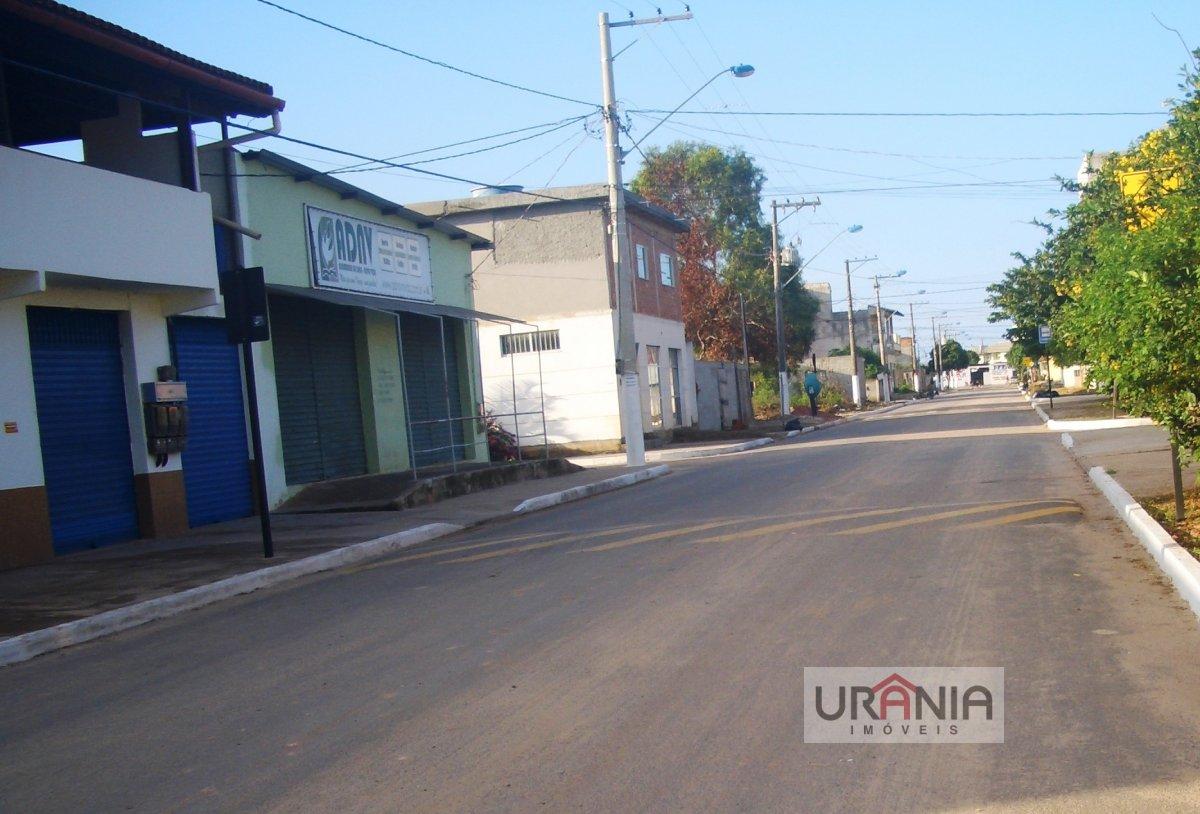 Casa a Venda no bairro Santa Paula II em Vila Velha - ES. 2 banheiros, 3 dormitórios, 1 suíte, 4 vagas na garagem, 1 cozinha,  closet,  área de serviç